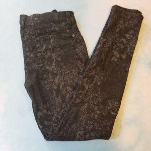 7FAM Black Floral Print Skinny Jeans Size 28